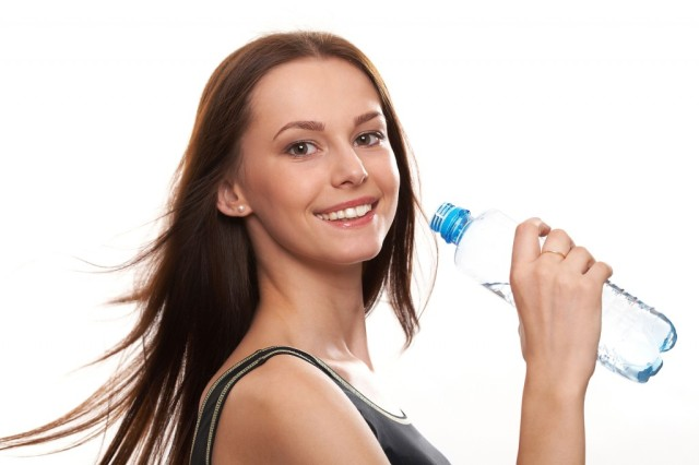 bigstock_Beautiful_girl_drinking_water__16971677-1024x683