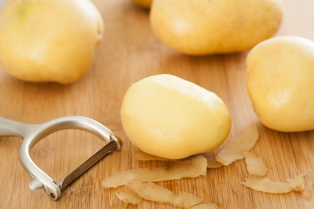 Raw-potatoes-for-health